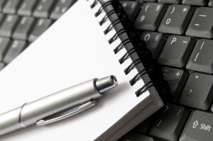 notebook-computer-writing-blogging